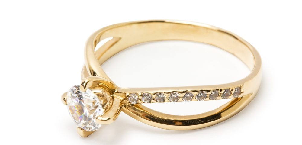 choosing gold engagement rings