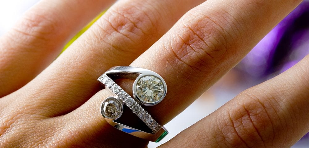 choosing pave band diamond ring