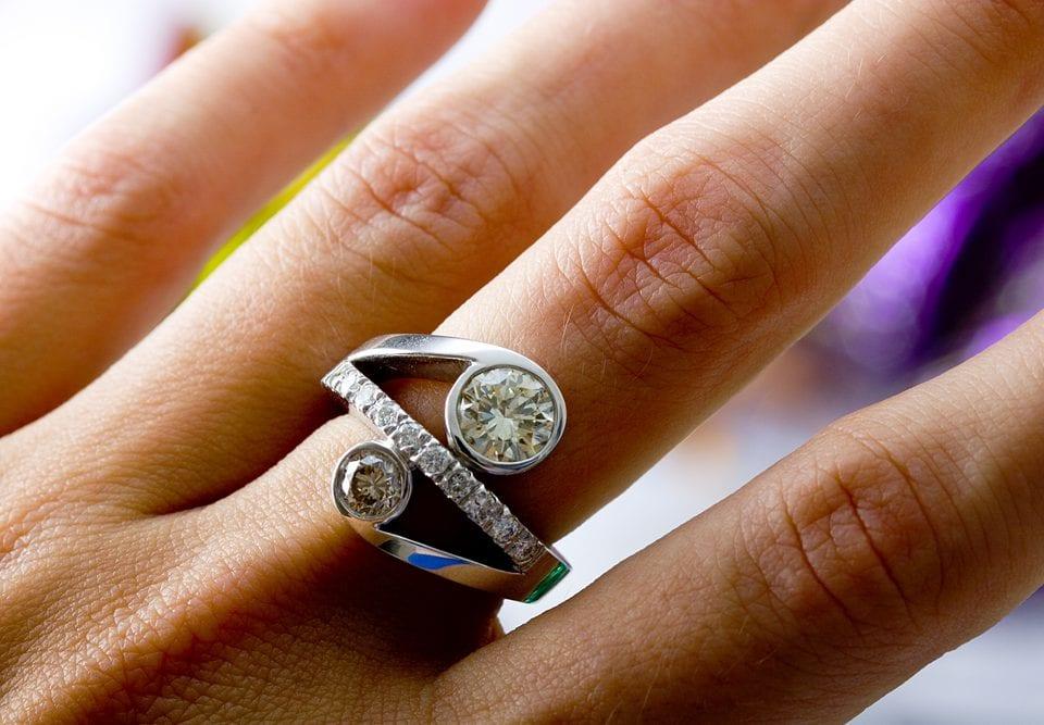 choosing pave band diamond ring