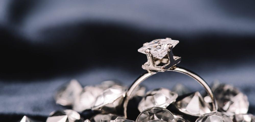 external factors diamond valuation