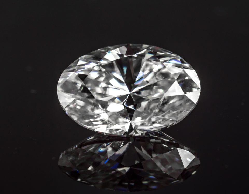 selection factors oval diamonds